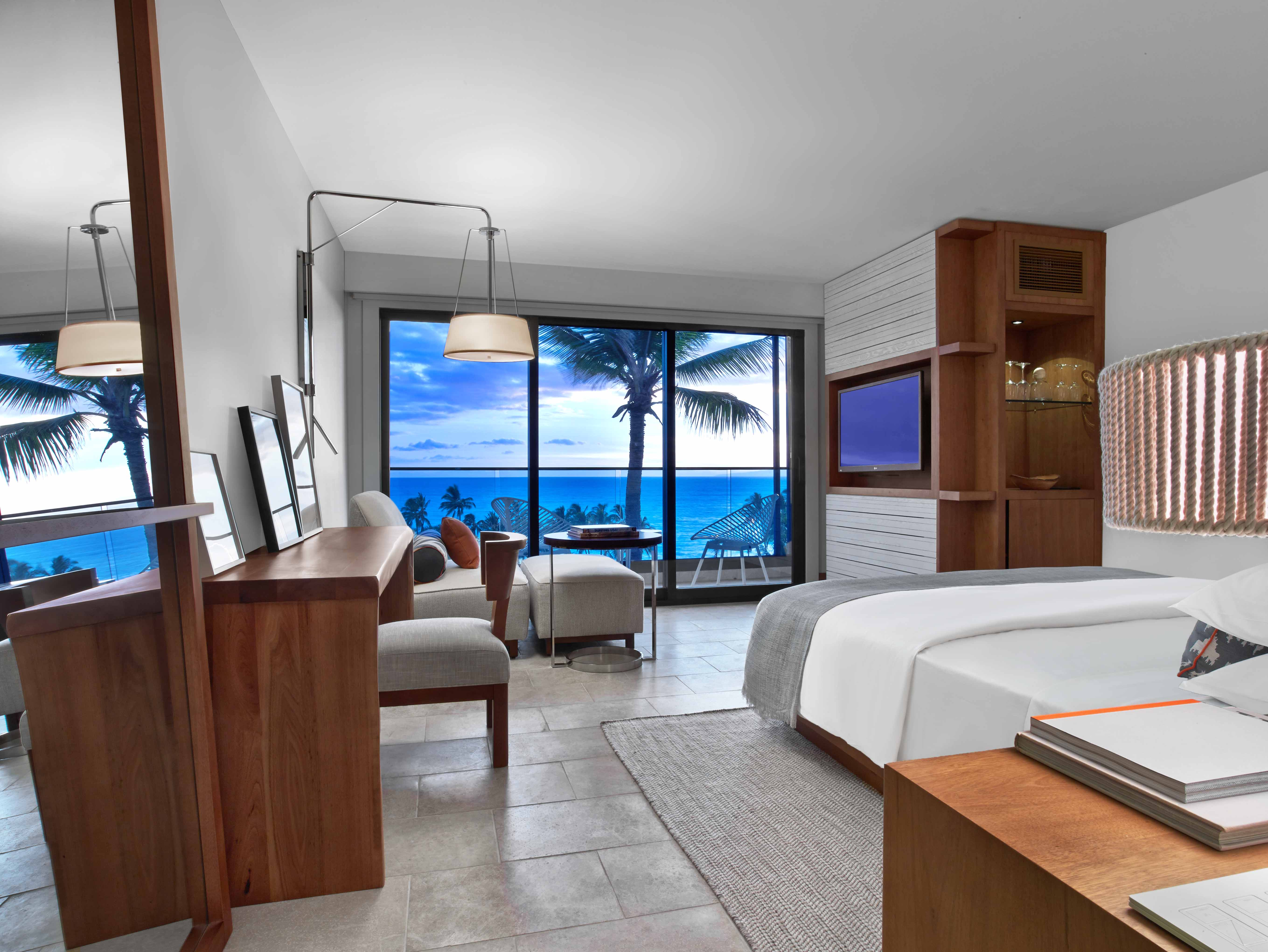 Andaz Maui Room